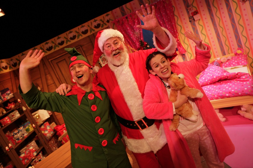 "Giveaway: Tickets For A Family of Four To ""Dear Santa"""